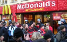 Police protecting McDonalds at COP15