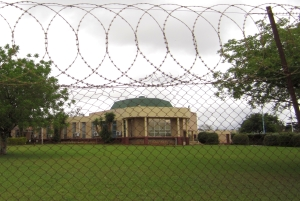 Swaziland's parliament protected by barbed wire 300px